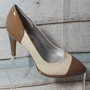 Tahari Women's Heels Pointed Toe Pumps Shoe Sz 8.5